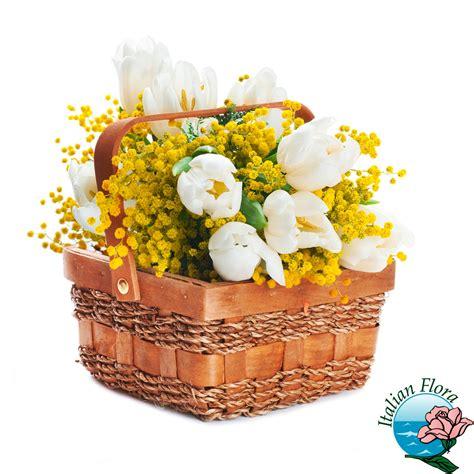 bouquet mimosa e fiori foto bouquet mimosa e fiori foto bouquet e addobbi floreali