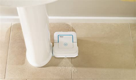 robot per lavare pavimenti irobot braava jet il nuovo roomba per lavare i pavimenti