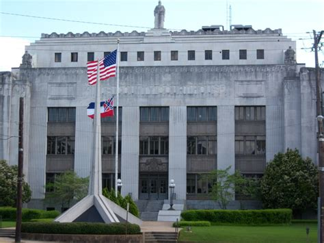 jackson county court house jackson ms hinds county courthouse photo picture image mississippi at city data com