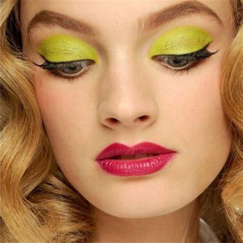 yellow eye color yellow eye makeup