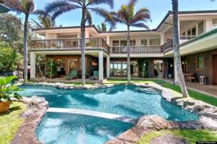 Luxury Homes For Rent In Hawaii Obama S Hawaii Vacation Home And The Luxury Rentals Of Kailua Huffpost