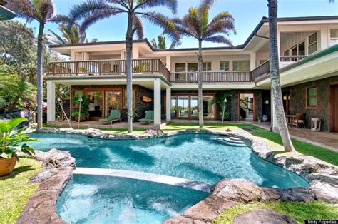 luxury homes for rent in hawaii take a look inside obama s home and other hawaii