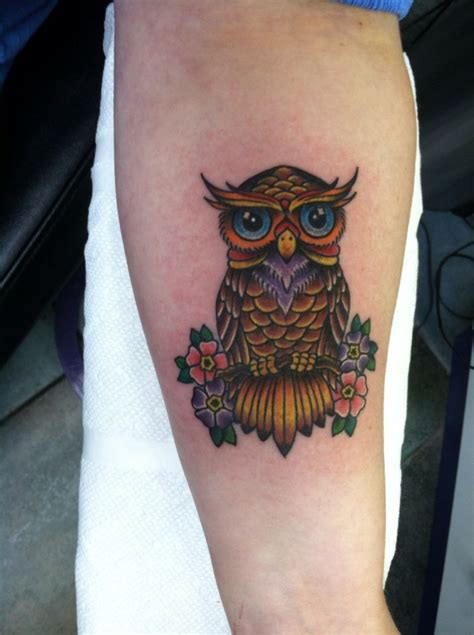 traditional owl tattoo traditional horned owl www imgkid the image