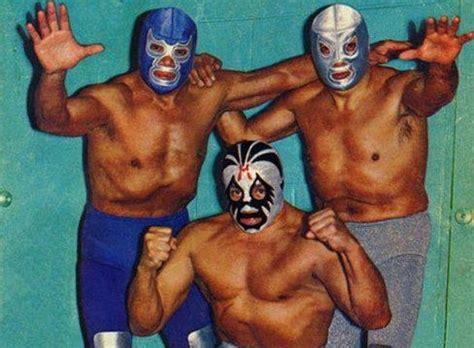 el santo before wrestlers were el santo blue