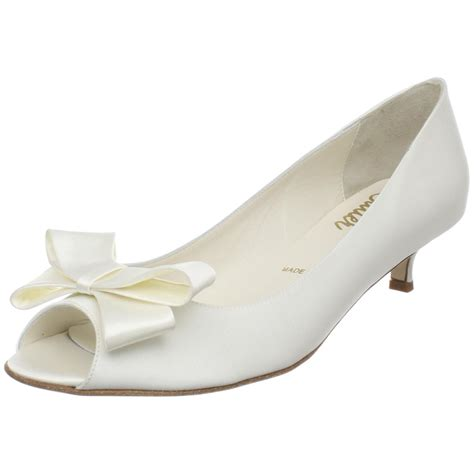Kitten Heel Wedding Shoes by Kitten Heel Wedding Shoes The Low Heel Choice