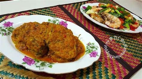 zulfaza loves cooking rendang ikan tongkol
