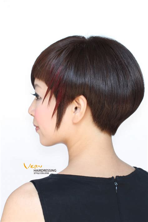 30 short haircuts for women based on your face shape asymetrical haircuts 30 short haircuts for women based on