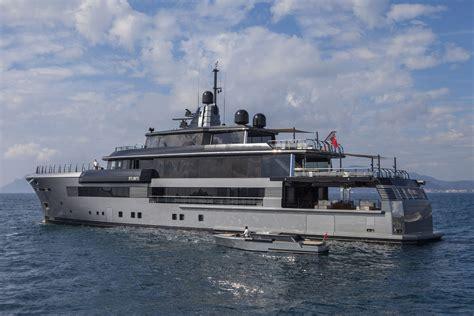 yalla boats yalla yacht charter superyacht news