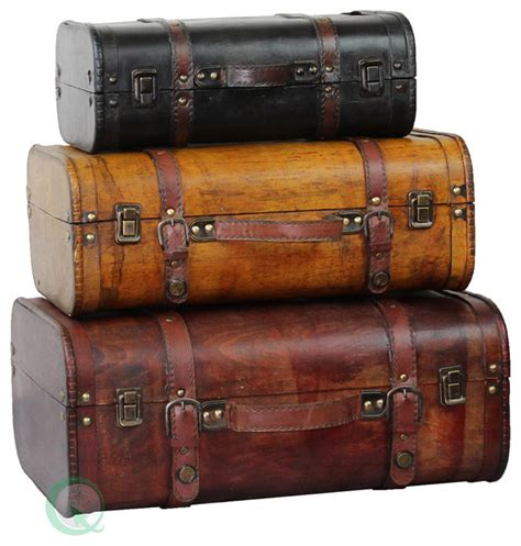 luggage trunks 3 colored vintage style luggage suitcase trunk set of 3