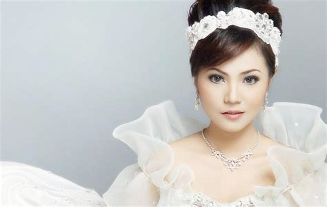 Make Up Di Pengon Surabaya ovan putri salon and bridal wedding preparations in surabaya
