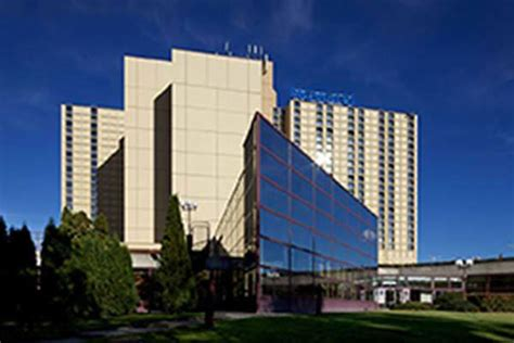 ibis hotel city best dentalimplants dental travel dental trip dental holidays