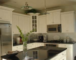 superb Kitchen Tile Under Cabinets #7: traditional-kitchen.jpg