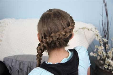 cute girl hairstyles katniss braid wrap around prim braid catching fire hunger games
