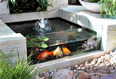 Strum Setruman Ikan Mini Portable taman rumah minimalis contoh taman dalam rumah minimalis dengan kolam ikan mini