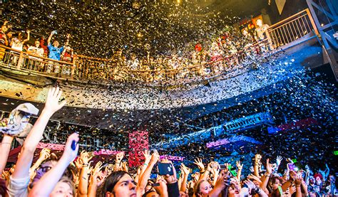 house of blues houston new year s eve at house of blues 2015 365 houston