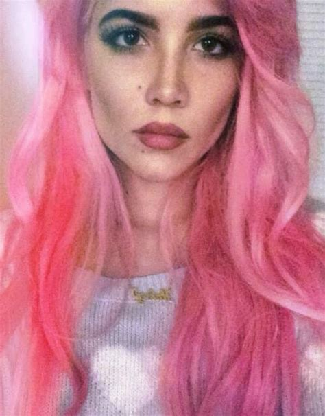 halsey hot long hair halsey wavy pink uneven color hairstyle steal her style