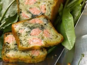 lachs kuchen herzhafter kuchen mit lachs rezept eat smarter
