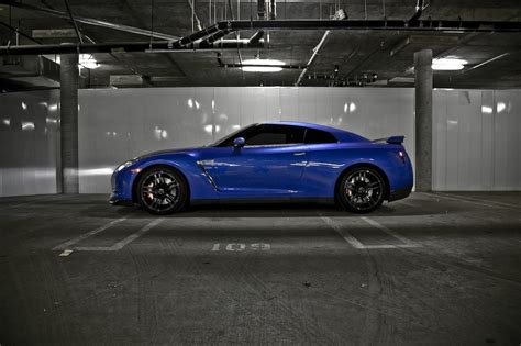 nissan blue blue nissan gtr photoshoot by tang my car portal