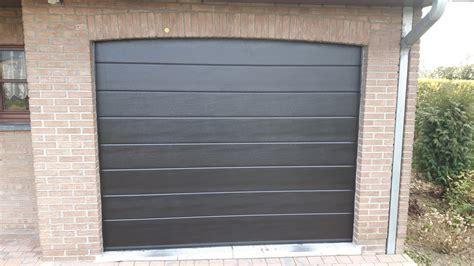 Porte De Garage Motorisée Pas Cher by Incroyable Porte De Garage Sectionnelle Renaa Conception