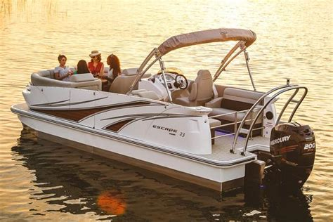 larson boats manufacturer larson pontoon boats for sale page 2 of 2 boats
