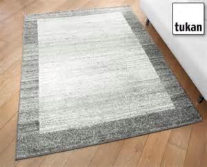 teppich discounter aldi s 252 d teppich mit bord 252 re
