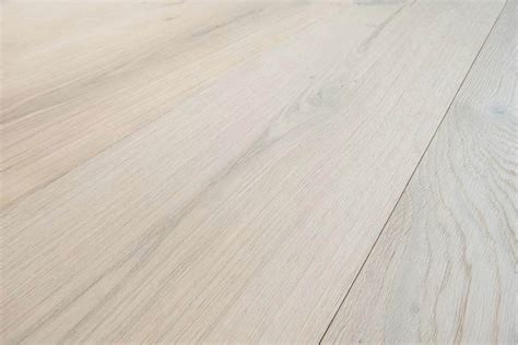 Parquet Rovere Sbiancato by Parquet Rovere Sbiancato Spazzolato Made In Italy