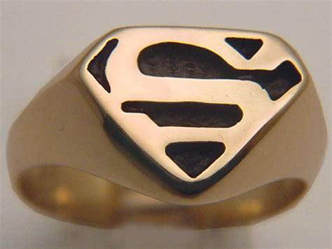 yellow gold superman rings