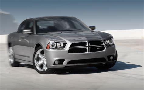 Www Dodge 2012 Dodge Charger Sxt Plus Test Motor Trend