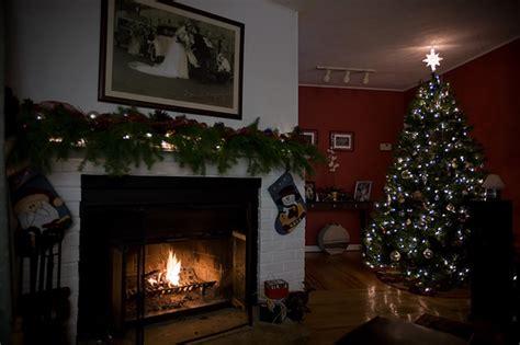 ghirlande natalizie per camino natale 2011 decorare la vostra casa con ghirlande