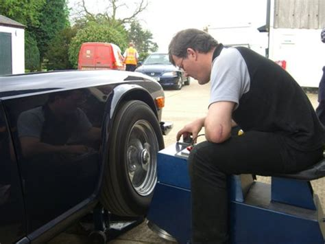 balancing for car tires on car wheel balancing balance the wheels on the car and