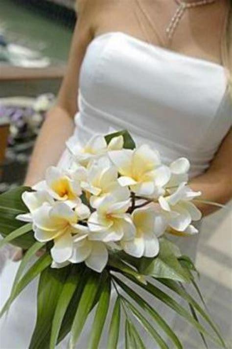 fiori meno costosi fiori e bouquet nuziali in bianco sposalicious