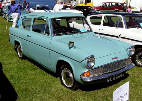 ford anglia deluxe 105e 1959 67 images 1024x768 file 1967 ford anglia arp 750pix jpg wikimedia commons