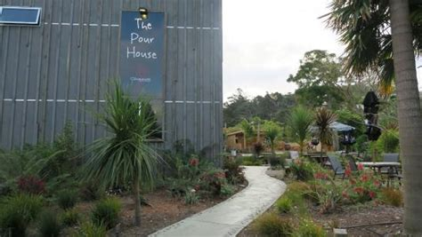 pour house orlando nice landscaping picture of the pour house hahei tripadvisor