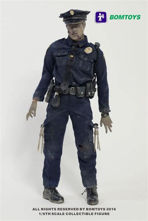 6 figure scale officer 1 6 scale figure by bomtoys