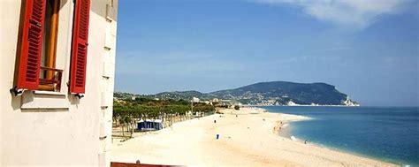 Appartamenti Vacanze Conero by Appartamento Al Mare Porto Recanati Riviera Conero