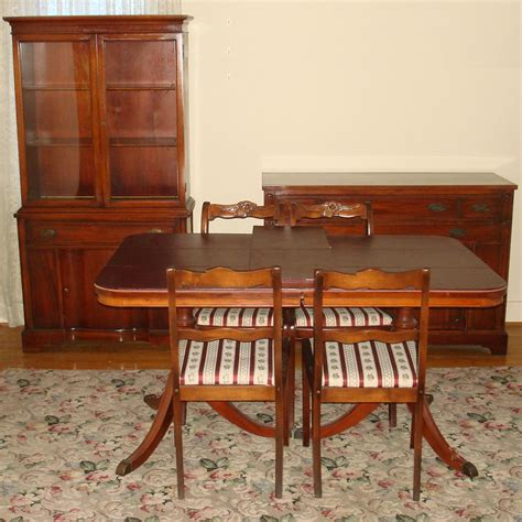Antique Mahogany Dining Room Furniture Antique Mahogany Dining Table And Chairs Antique Furniture