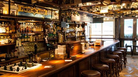 top ten bars in nyc the world s best bar is in new york dead rabbit wins top