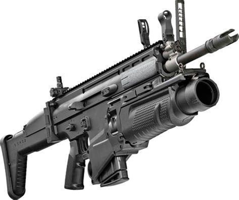 scar® h assault rifle equipped with cqc barrel and 40mm