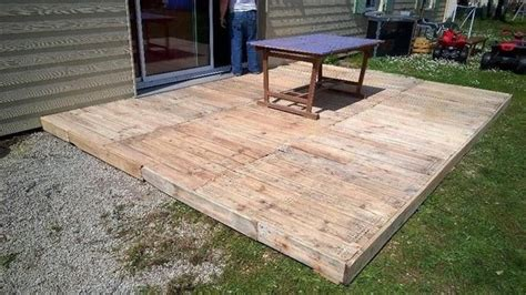 outside flooring ideen how to build pallet deck outdoors pallets