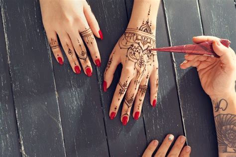 henna tattoo wien mariahilferstraße get your mehndi tempor 228 re tattoos in wien herold at
