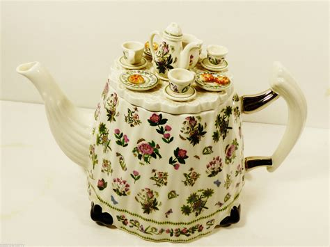 Portmeirion Botanic Garden Teapot Portmeirion Botanic Garden Teapot Tea Pot Large Table Figural Portmeirion