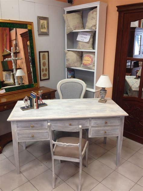 scrivania shabby oltre 25 fantastiche idee su scrivania shabby chic su