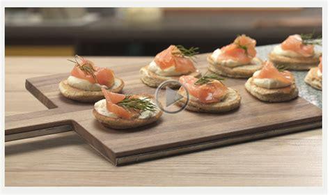 ricette di cucina di benedetta parodi ricette benedetta parodi blinis di salmone da fare in