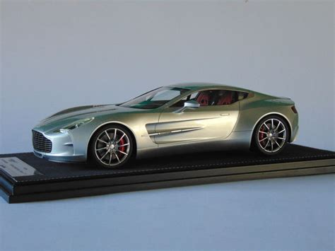 aston martin one 77 silver frontiart scale 1 18 aston martin one 77 silver