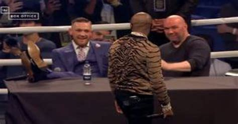 floyd mayweather bench press watch floyd mayweather calls conor mcgregor a faggot live in london press conference