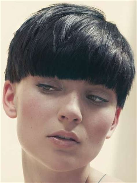 best 25 pageboy haircut ideas on longer