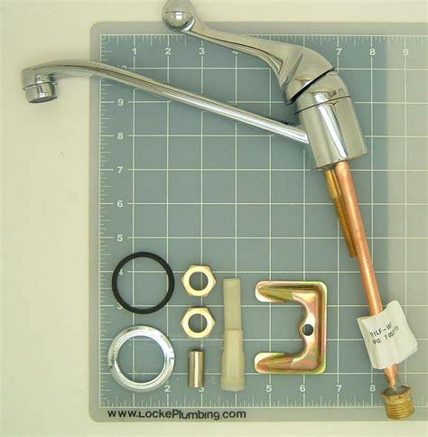 delta 101lf wf classic kitchen faucet delta del 101lf wf single handle kitchen faucet locke
