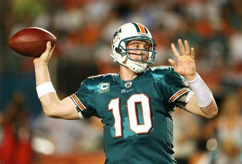 chad henne benched chad pennington named miami dolphins qb chad henne