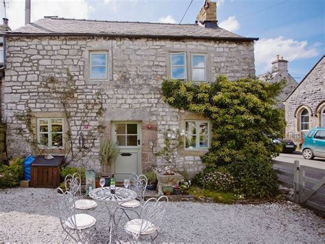 Tideswell Cottage by Crosse Chance Cottage In Tideswell Selfcatering Travel