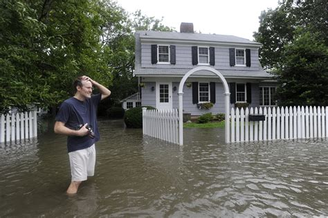 House Of Chao New Ct by Chaos In Connecticut Irene Causes House Collapses